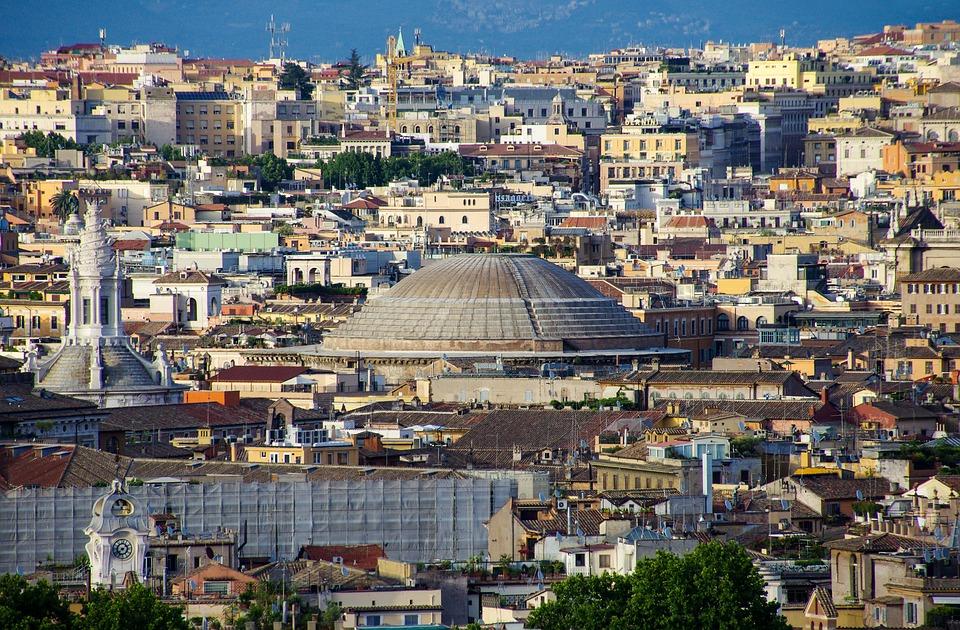 Scopri la storia e cosa vedere nel Pantheon di Agrippa, uno dei templi più famosi dell'Antica Roma.